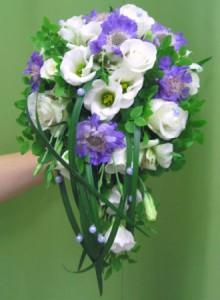 скабиоза в букете невесты